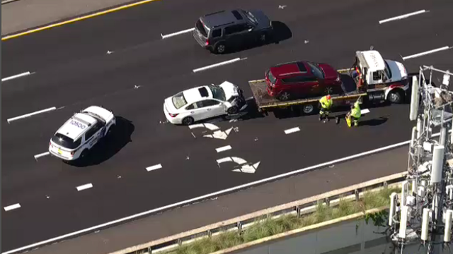 Officer involved in 3-vehicle crash on State Road 408