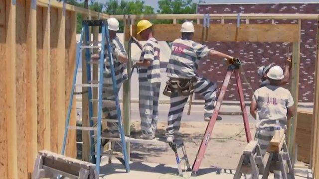 How do inmates stay out of jail? By learning to build houses, sheriff says