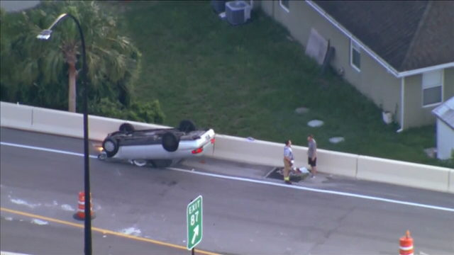 Overturned car closes I-4 ramp at Fairbanks Avenue