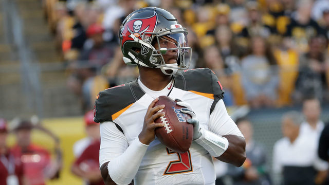 Jameis Winston throws TD pass on first drive, Steelers defeat Tampa Bay 30-28