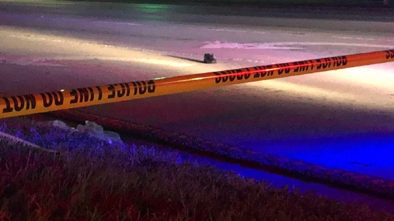Pedestrian struck, killed while trying to cross Orlando road