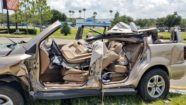 4 adults, toddler injured in 2-car crash in Orange County