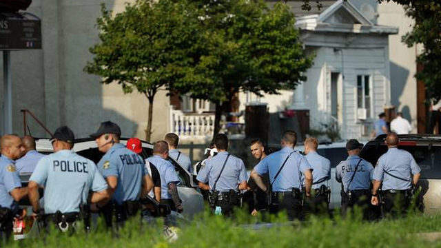 6 police officers injured in Philadelphia shooting