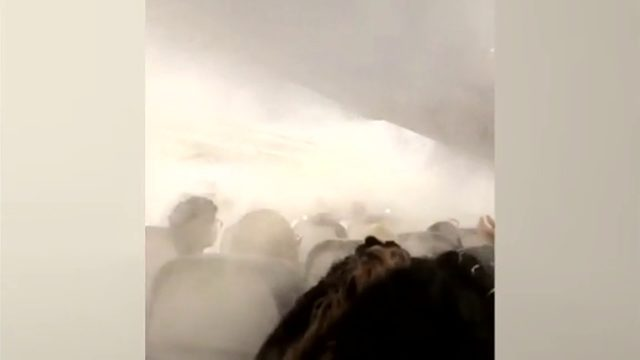 Thick fog inside Delta Plane scares passengers.
