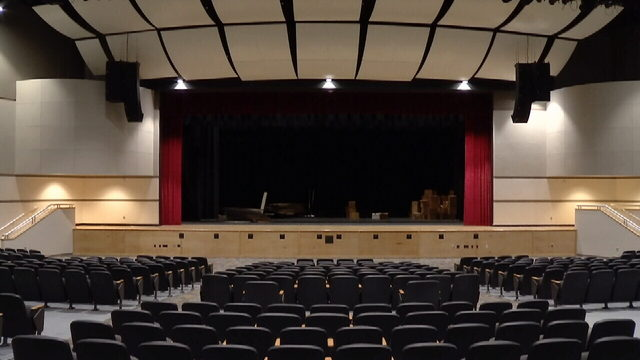 Colonial High's $17 million performance arts center opens to rave reviews