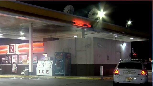 Woman wins battle against carjacker in Orange County