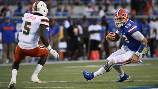 Inconsistent Franks, No. 8 Florida rally to beat Miami 24-20