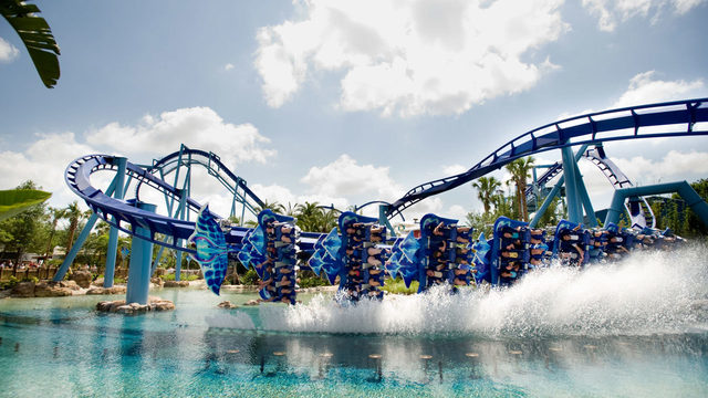 First responders, 911 operators get in free to SeaWorld Orlando in September