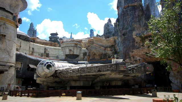 A beginners guide to Millennium Falcon: Smugglers Run