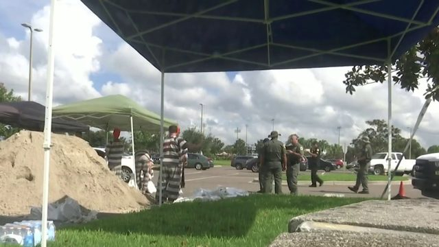Dorian preparations: Brevard residents wait for hours for sandbags