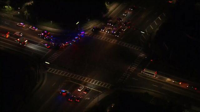 Orange County deputy struck by car, seriously injured near Windermere