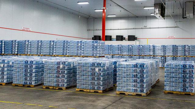 Royal Caribbean sends ship filled with water, food, generators to Bahamas