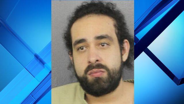 Man throws urine on Florida prosecutor during sentencing hearing