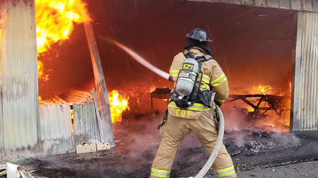 Crews fight large fire at Market of Marion