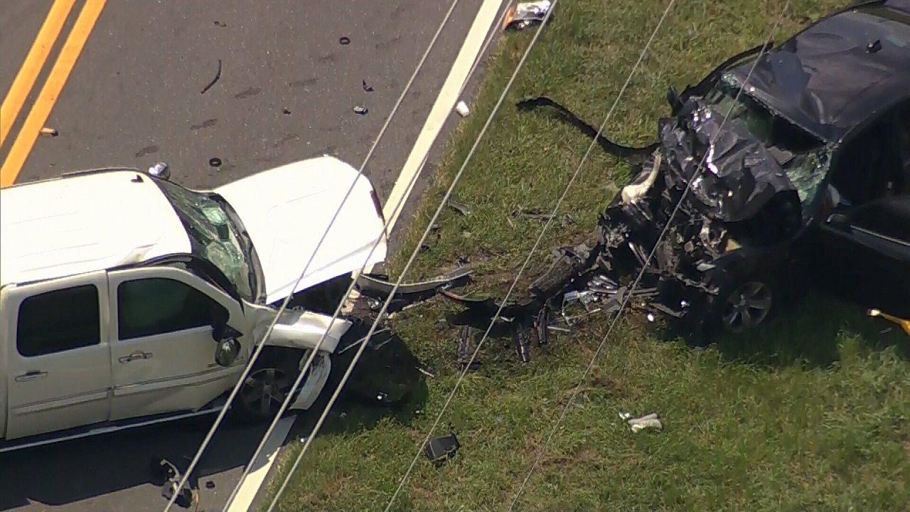1 killed, 3 hurt in head-on crash on Lake Pickett Road in