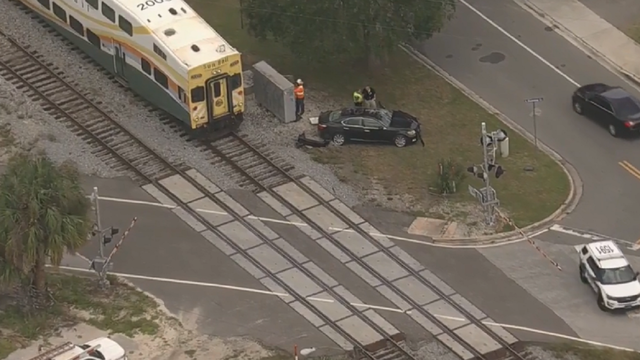 SunRail hits car in Winter Park, injuring driver