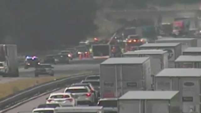 1 person dead after fatal crash on I-75 in Marion County