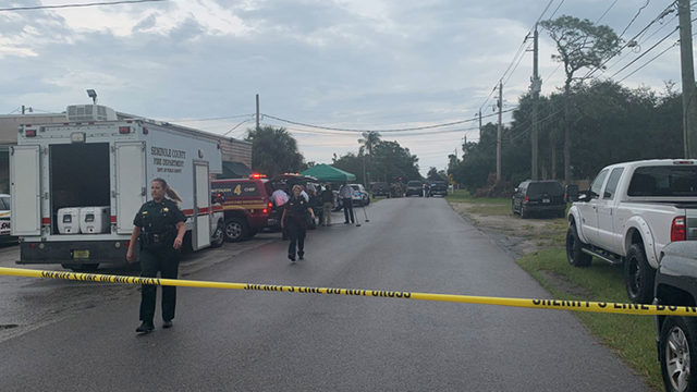Seminole investigators surround street in Chuluota
