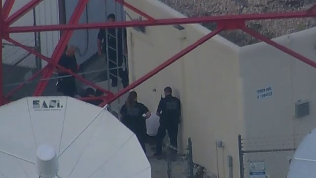 Man climbs down from News 6 tower