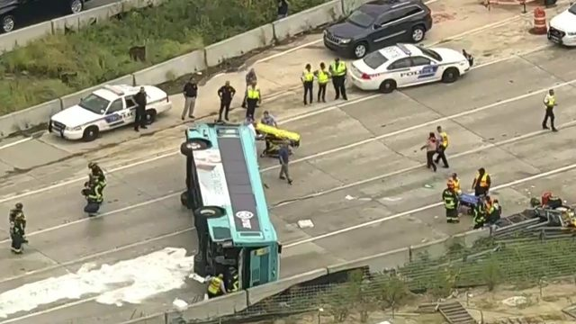 Multiple people injured when bus overturns on I-4