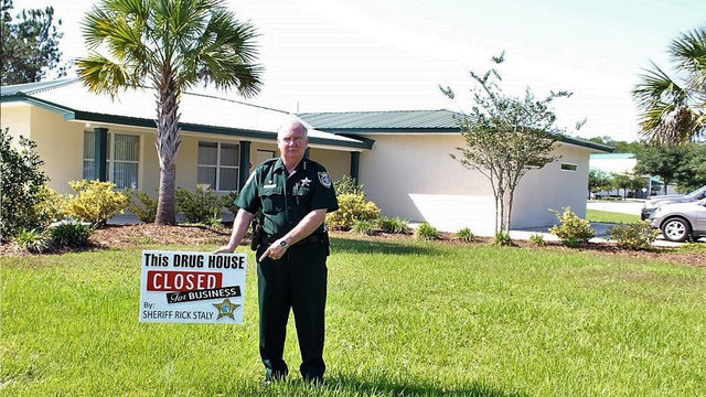 'Drug house' yard signs show Flagler deputies' responses to problem areas