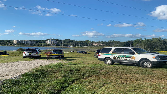 Search underway after man pulled from Seminole County lake