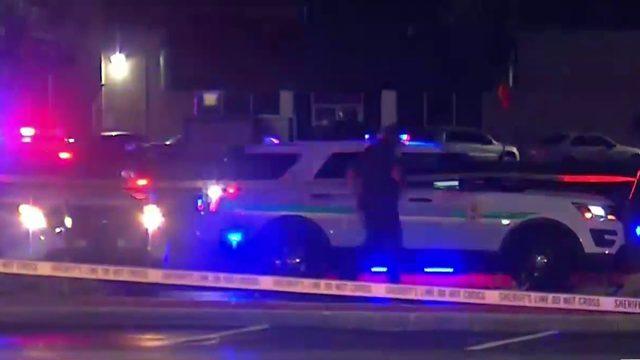 Security guard shot at MegaBus station near Orlando