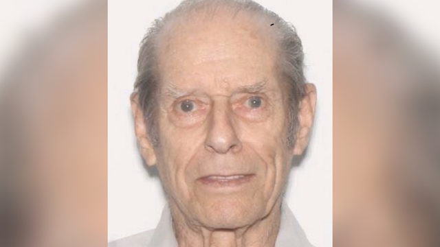 88-year-old missing after wandering away from shopping center