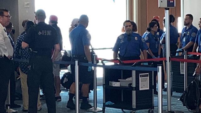 Airline passenger believes ticketless woman went around checkpoints