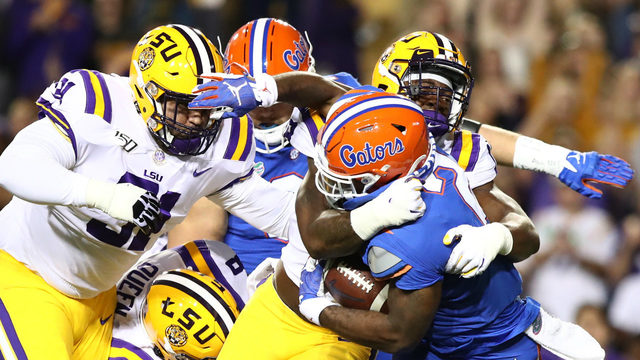 Burrow's 3 TDs lift No. 5 LSU over No. 7 Florida, 42-28