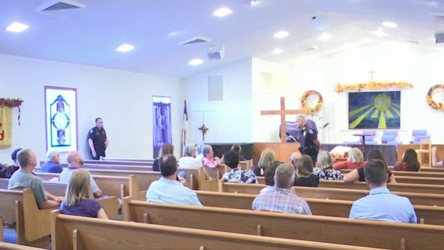 Maitland residents hold forum with police on recent crime
