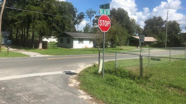 2 people die after being shot in vehicle, deputies say