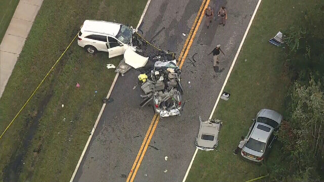 2 dead, 4 rushed to hospital after crash in Osceola County