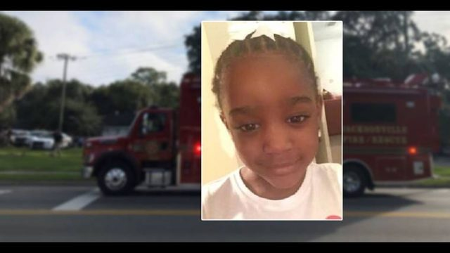 Police search throughout night for missing 5-year-old Florida girl
