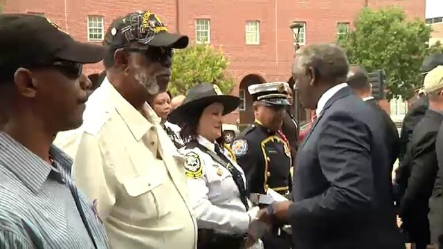 Orange County mayor honors Central Florida veterans at ceremony